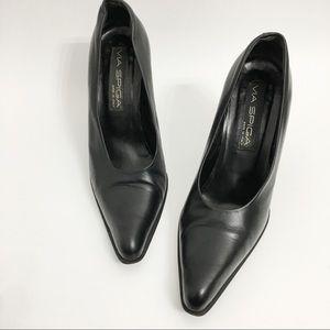 Via Spiga Shoes - Via Spiga Black Leather Block Heel Pumps N0309